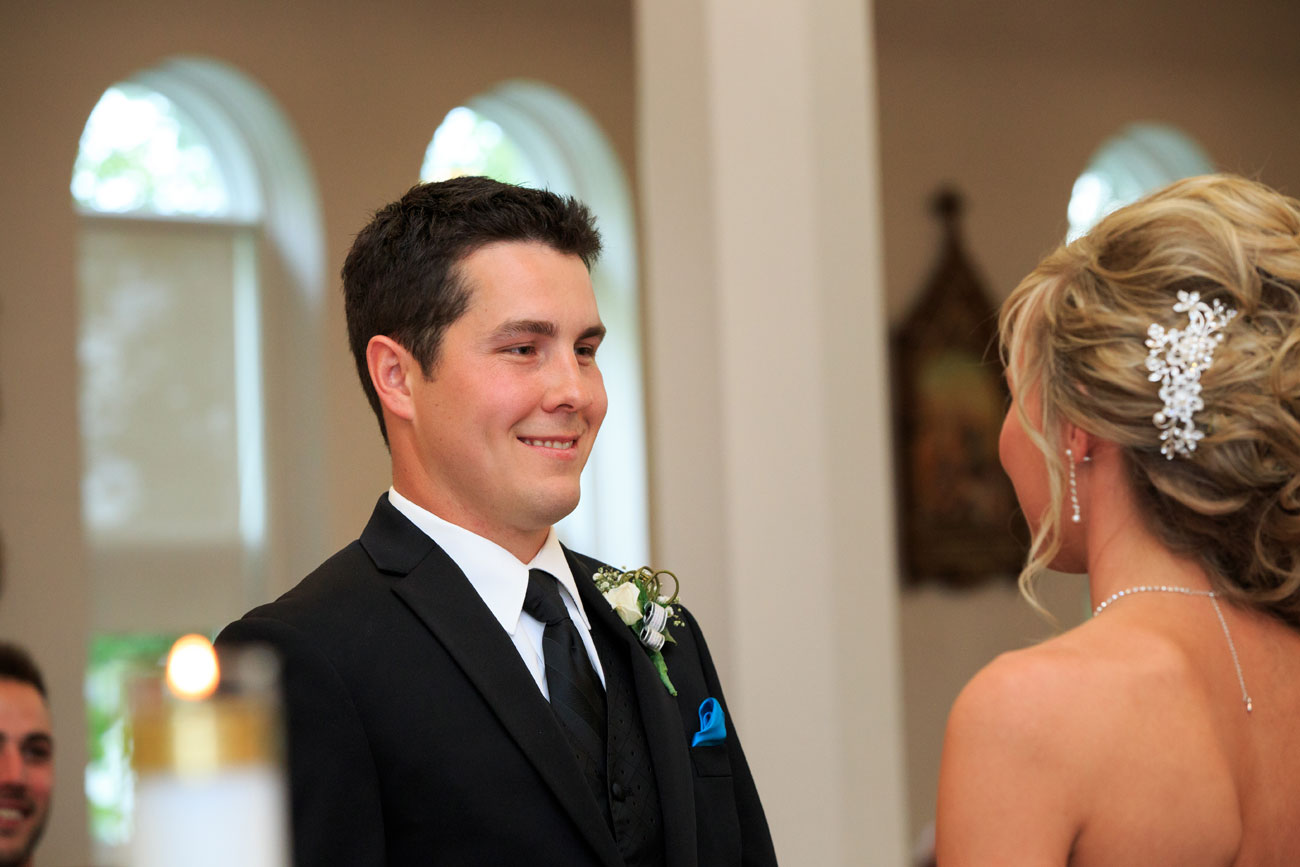 Lieke & Tyrel - Badlands Wedding - Alberta Wedding Photography (14)