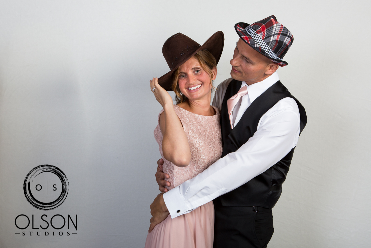 Lindsey and Darrell - Photo Booth - Red Deer Wedding Photography (18)