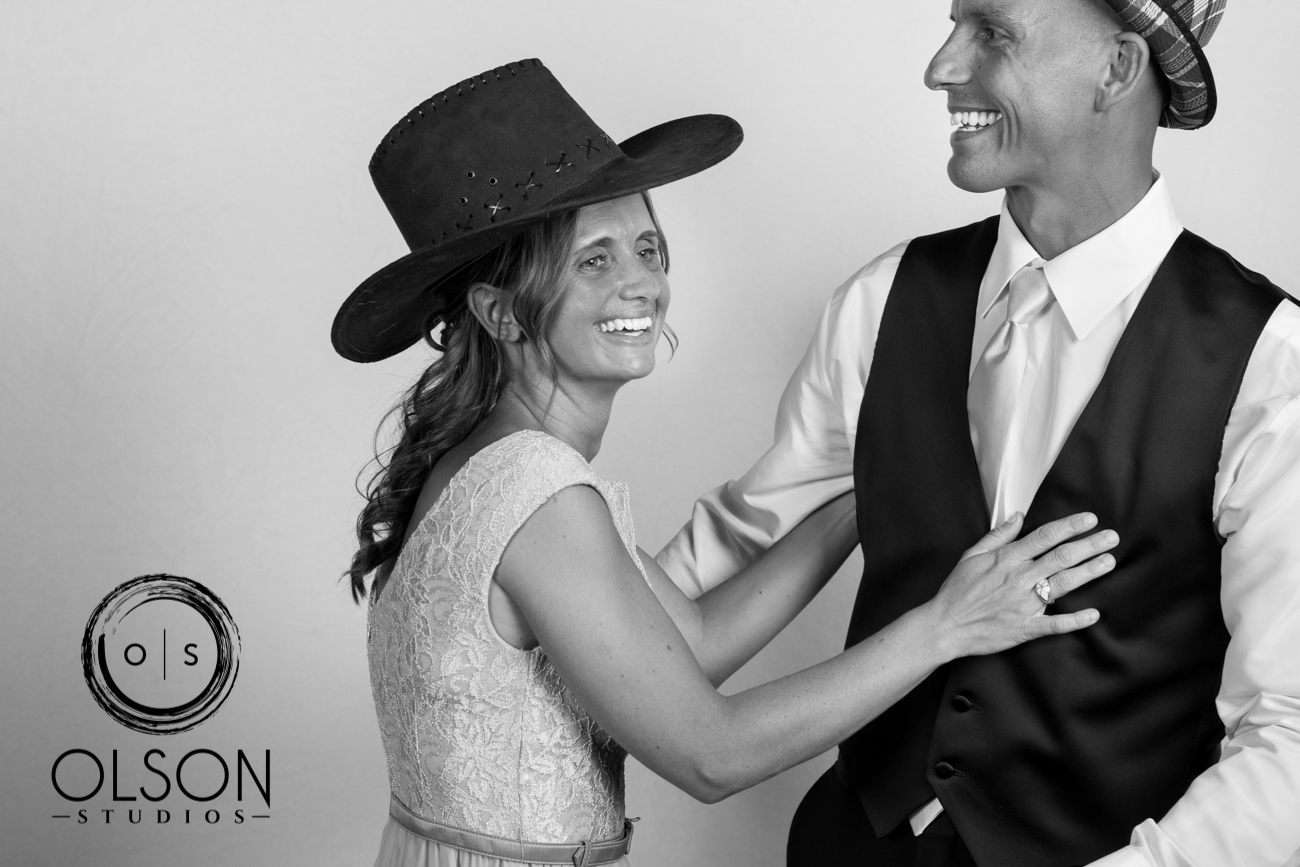 Lindsey and Darrell - Photo Booth - Red Deer Wedding Photography (19)