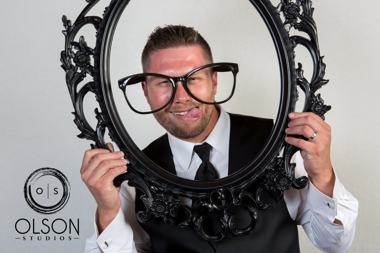 Lindsey and Darrell - Photo Booth - Red Deer Wedding Photography (20)