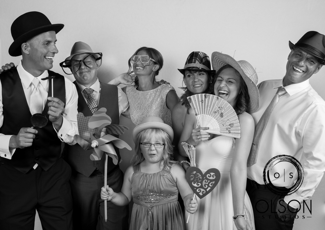Lindsey and Darrell - Photo Booth - Red Deer Wedding Photography (46)
