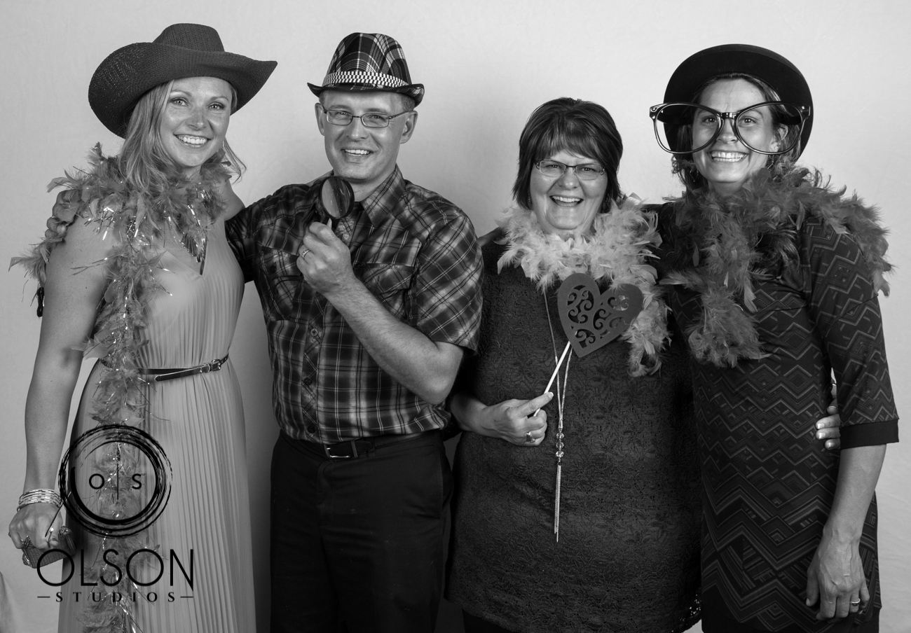 Lindsey and Darrell - Photo Booth - Red Deer Wedding Photography (73)