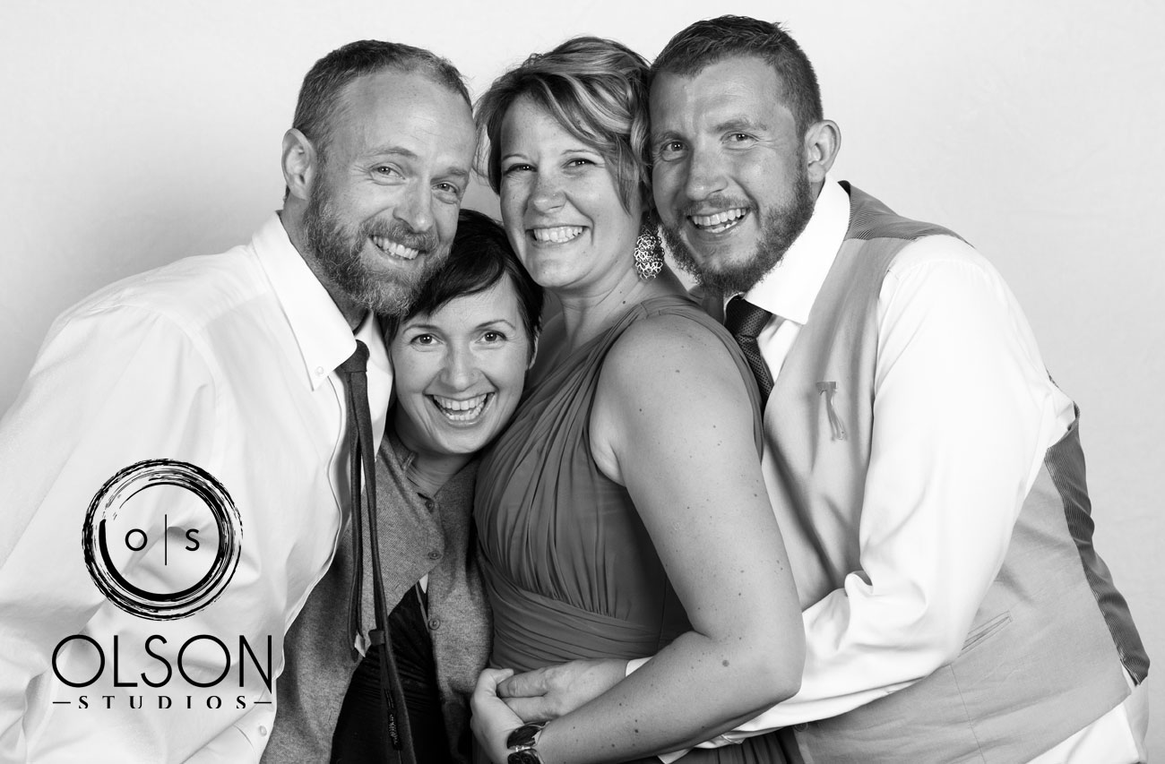 Robin & Alysse - Photo Booth - Wedding Photography - Red Deer & Calgary Alberta (12)