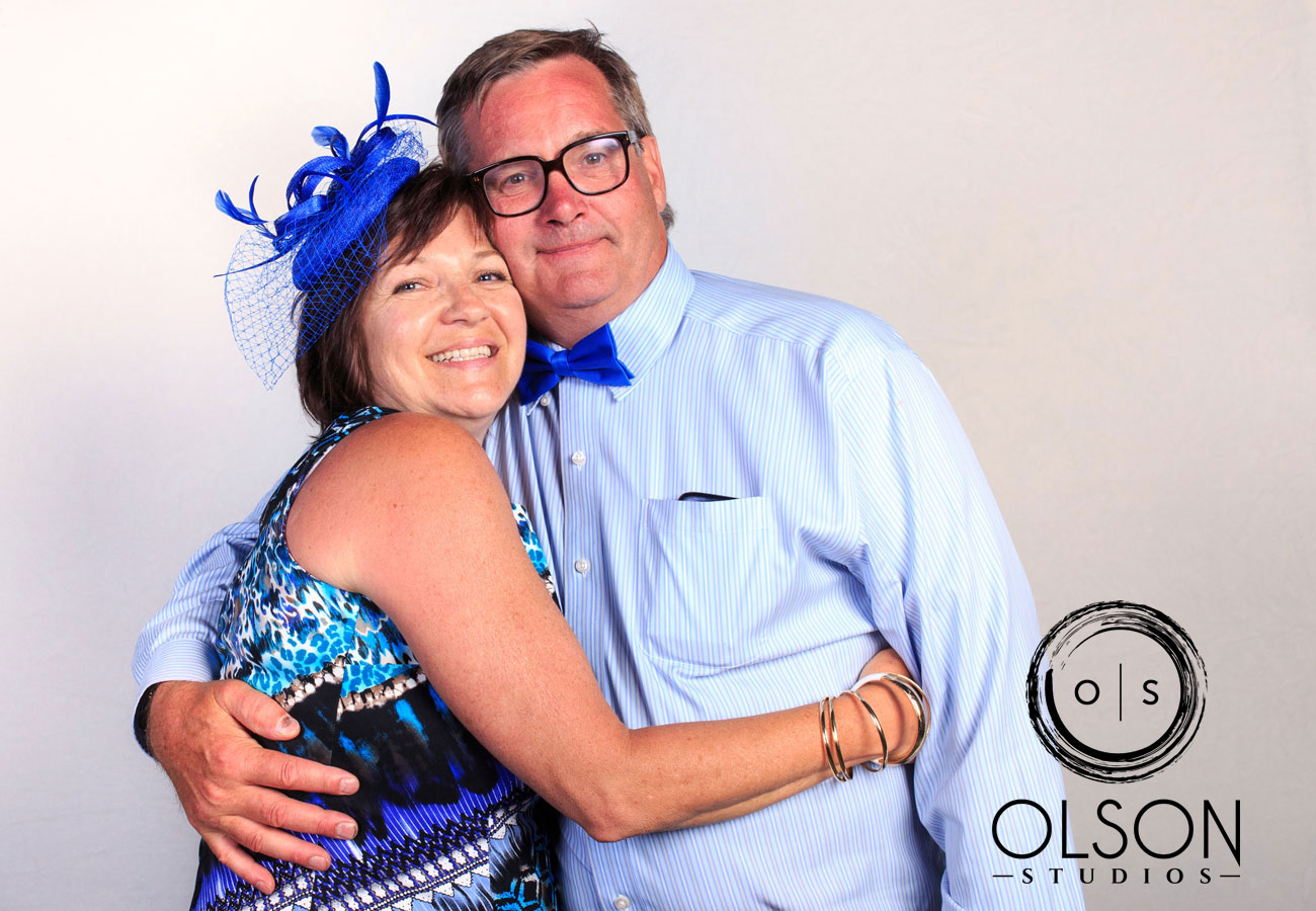 Robin & Alysse - Photo Booth - Wedding Photography - Red Deer & Calgary Alberta (22)