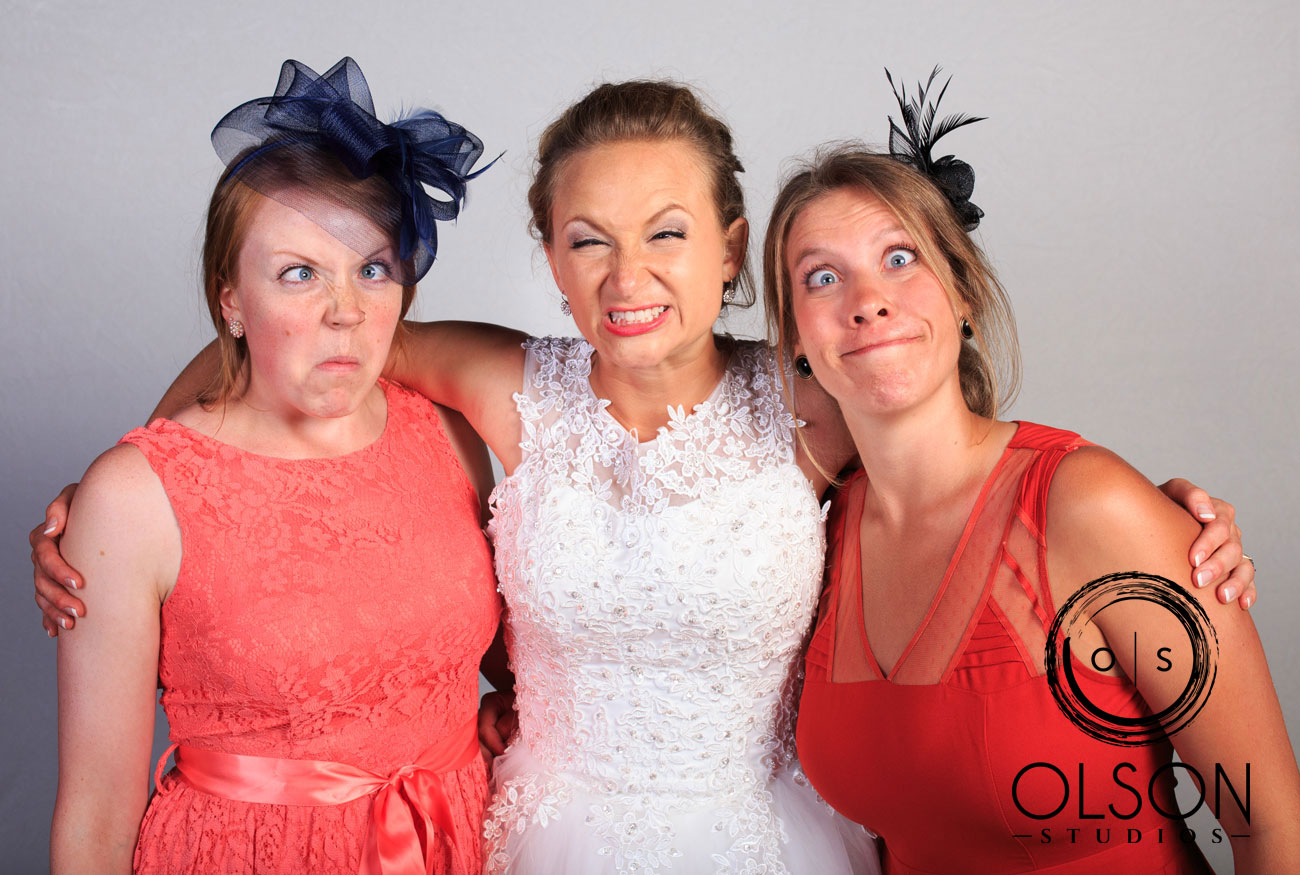 Robin & Alysse - Photo Booth - Wedding Photography - Red Deer & Calgary Alberta (34)