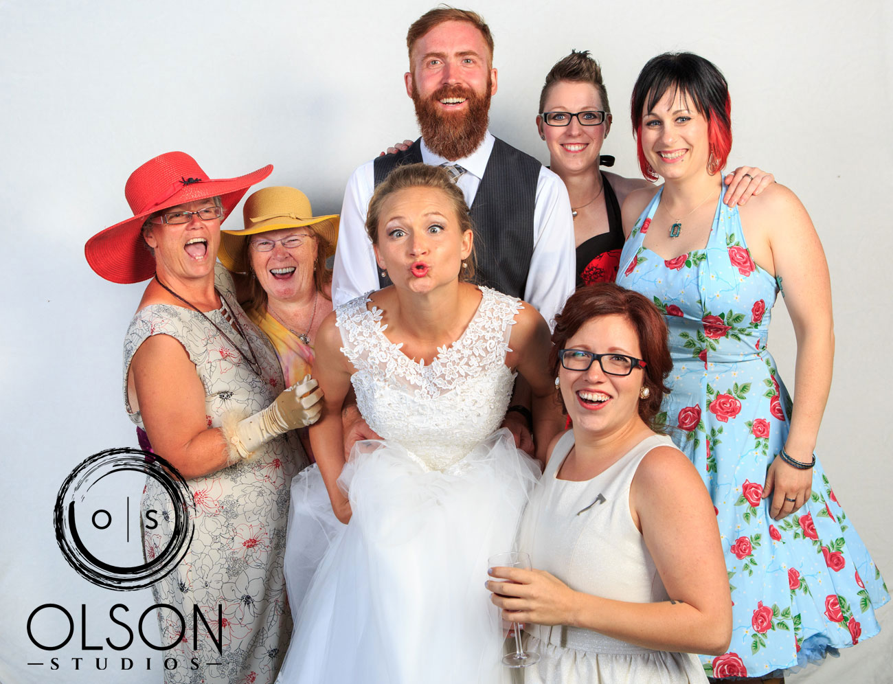 Robin & Alysse - Photo Booth - Wedding Photography - Red Deer & Calgary Alberta (46)