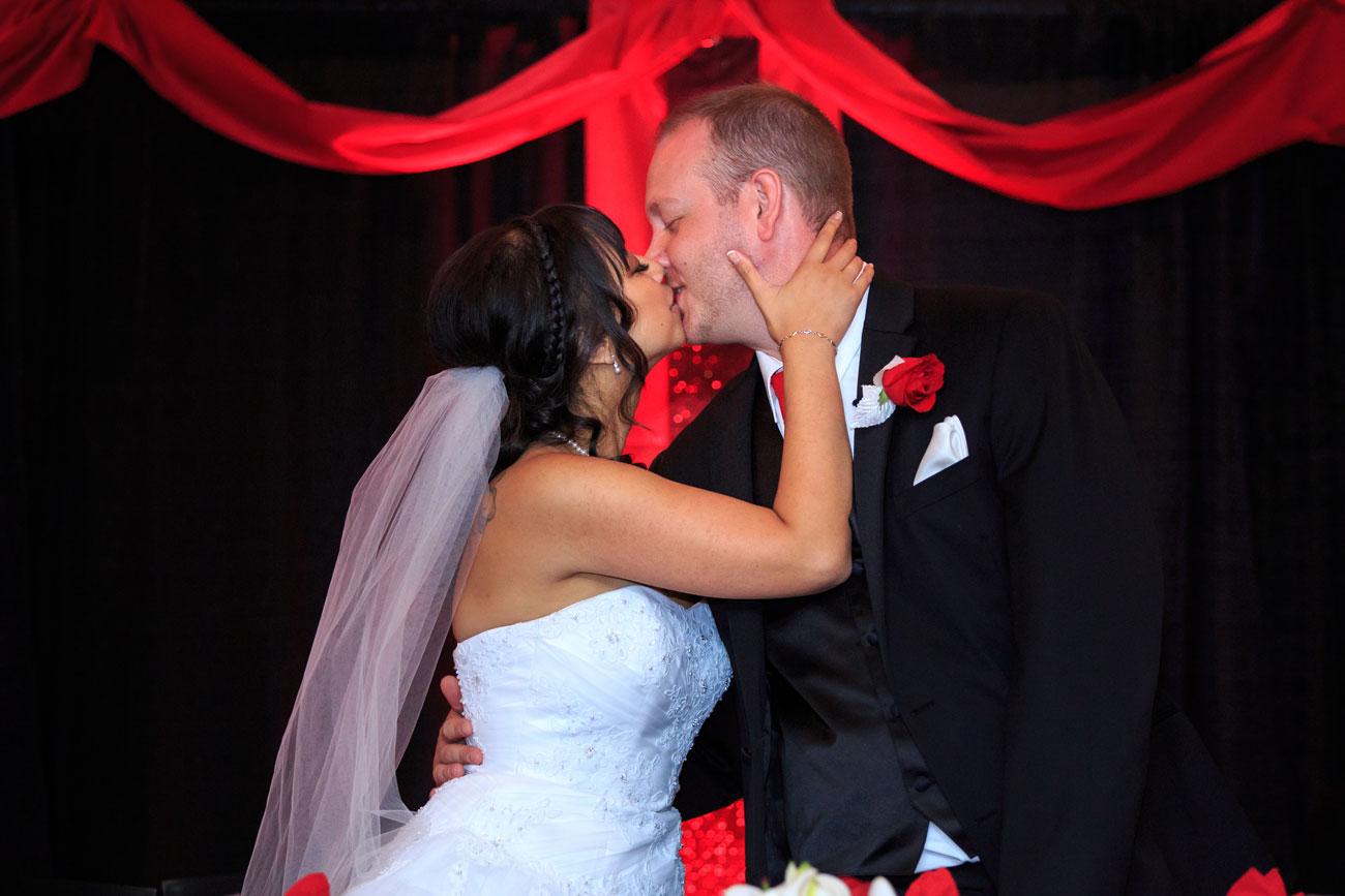 An & Darryl - Red Deer Wedding Photography - Red Deer, Alberta - Olson Photography (27)