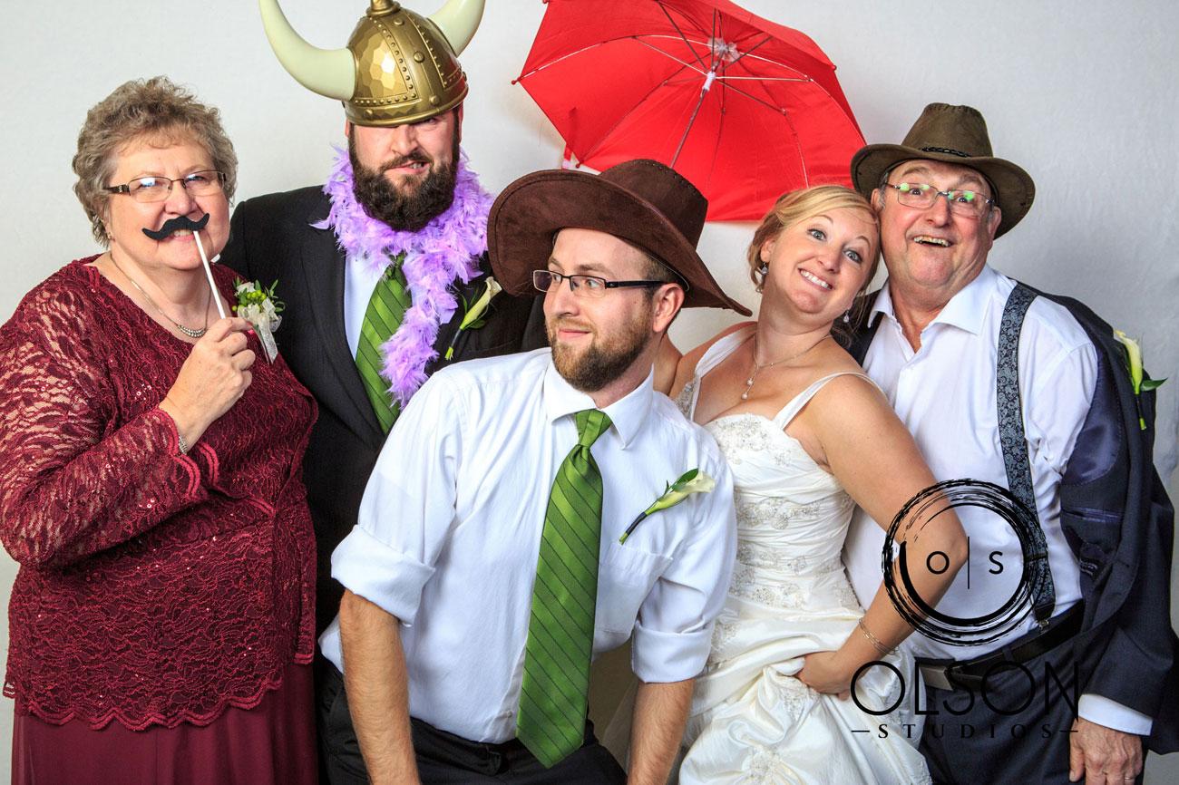 Beth & Troy  - Photo Booth - Sylvan Lake, Alberta Wedding Photography (5)