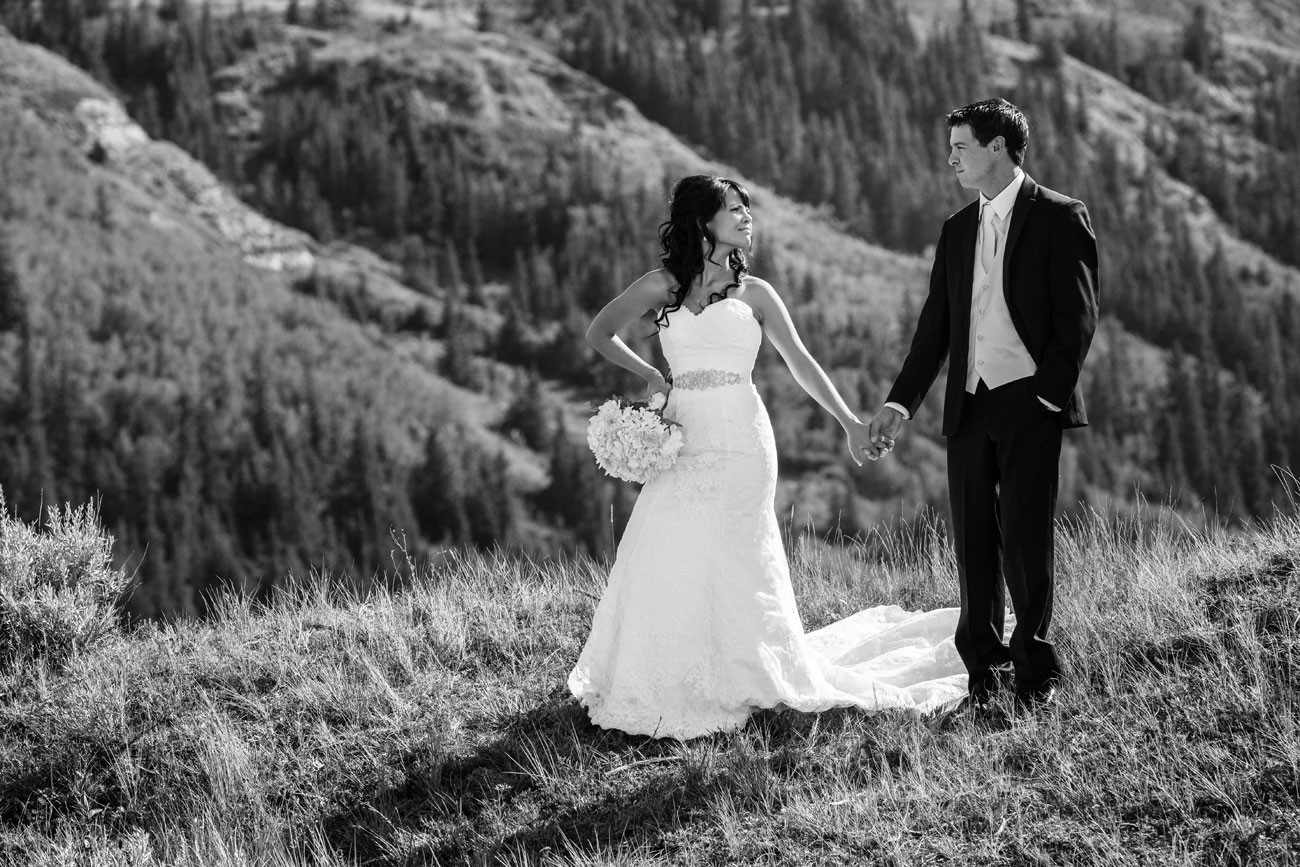Myranda & Cole - Three Hills, Alberta - Wedding Photography (22)
