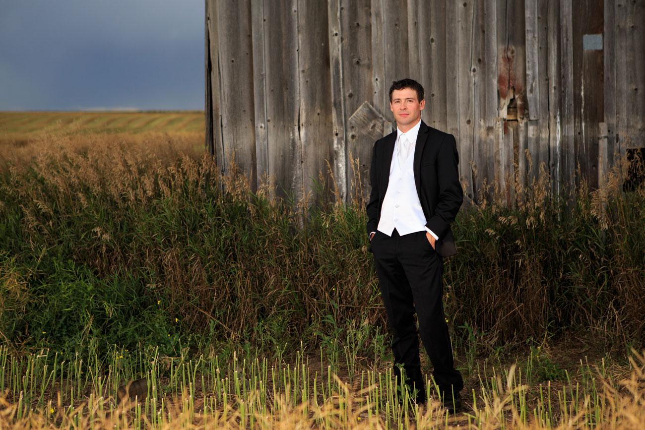 Myranda & Cole - Three Hills, Alberta - Wedding Photography (25)