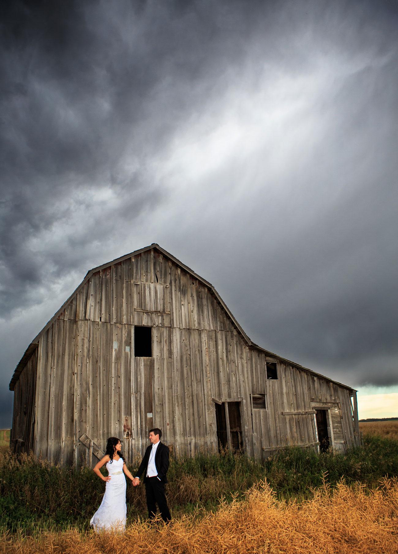 Myranda & Cole - Three Hills, Alberta - Wedding Photography (26)