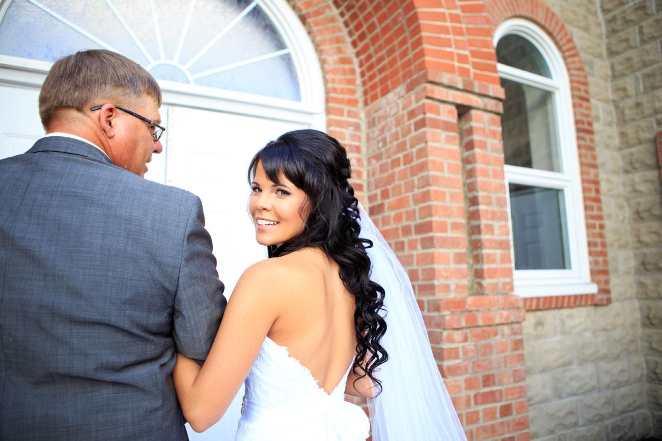 Myranda & Cole - Three Hills, Alberta - Wedding Photography (7)