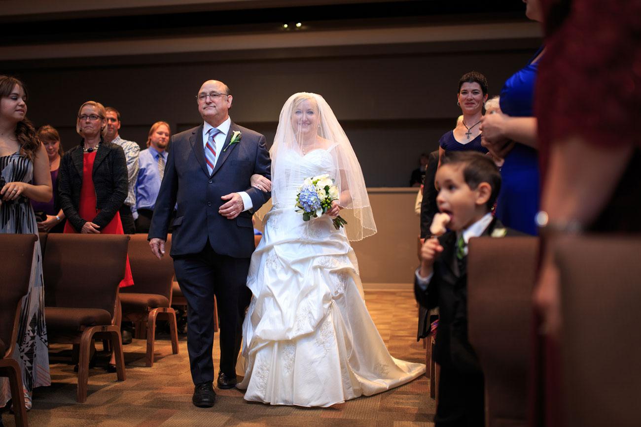 Beth Troy - Sylvan Lake Alberta Wedding - Olson Photography (10)