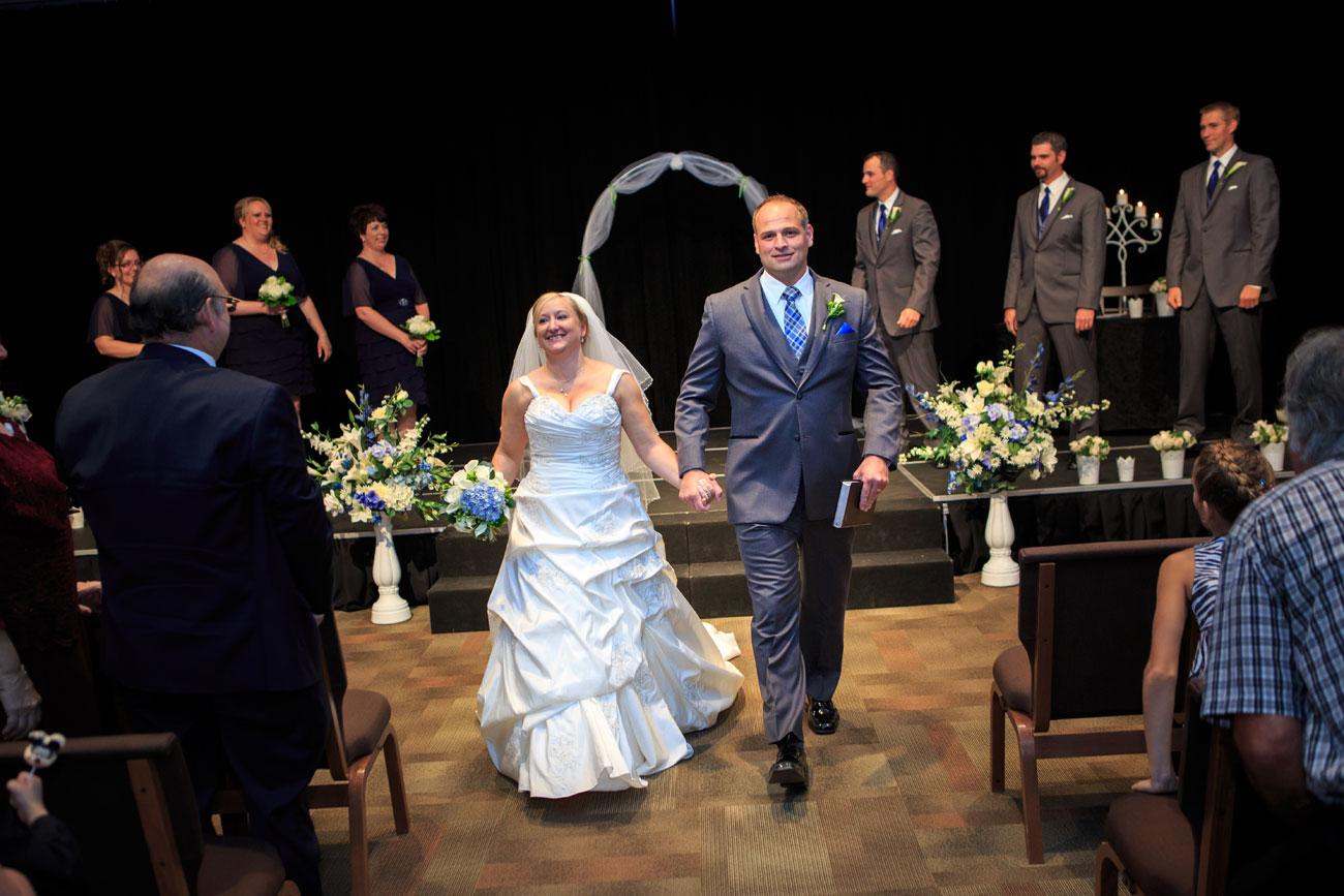 Beth Troy - Sylvan Lake Alberta Wedding - Olson Photography (16)