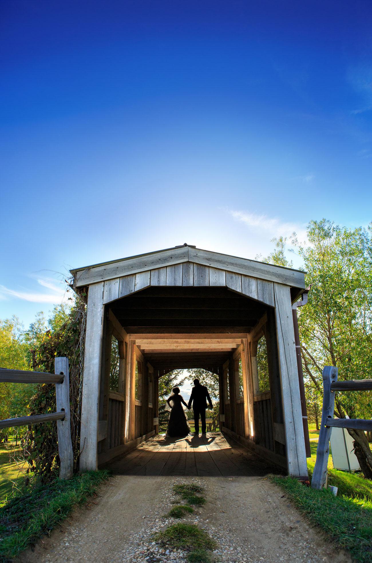 Beth Troy - Sylvan Lake Alberta Wedding - Olson Photography (17)