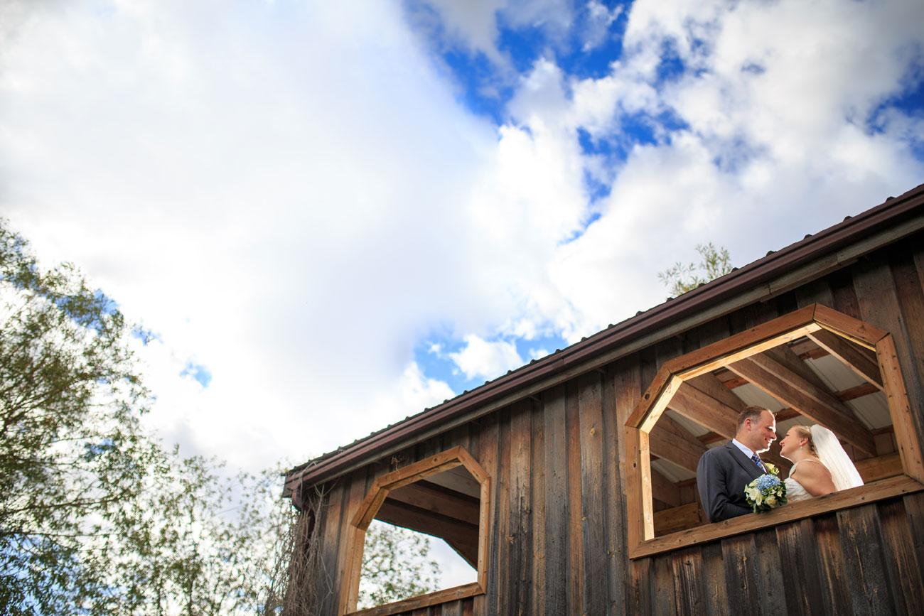 Beth Troy - Sylvan Lake Alberta Wedding - Olson Photography (18)