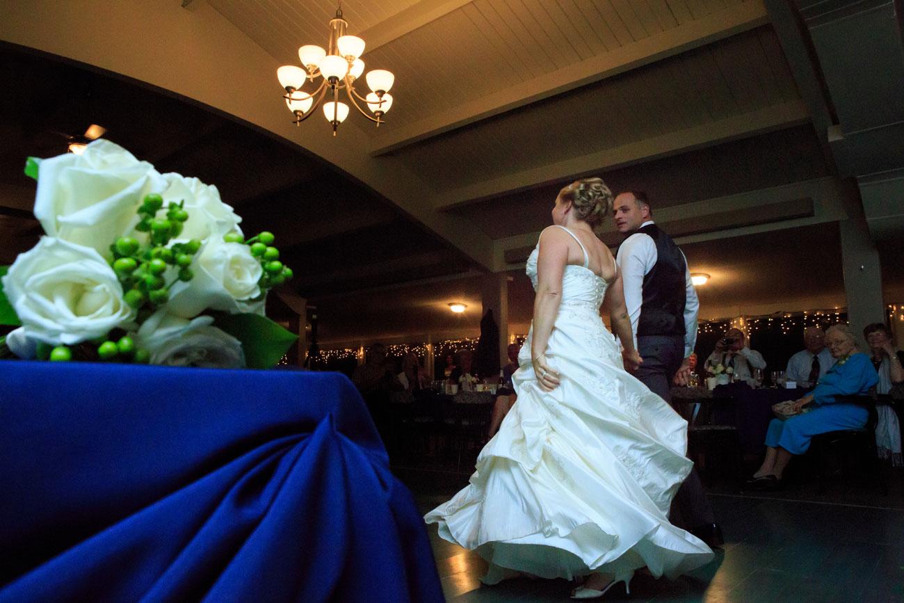 Beth Troy - Sylvan Lake Alberta Wedding - Olson Photography (36)