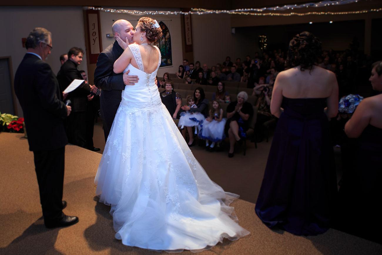 Courtney & Ryan - Christmas Wedding - Three Hills, Alberta - Wedding Photography (21)