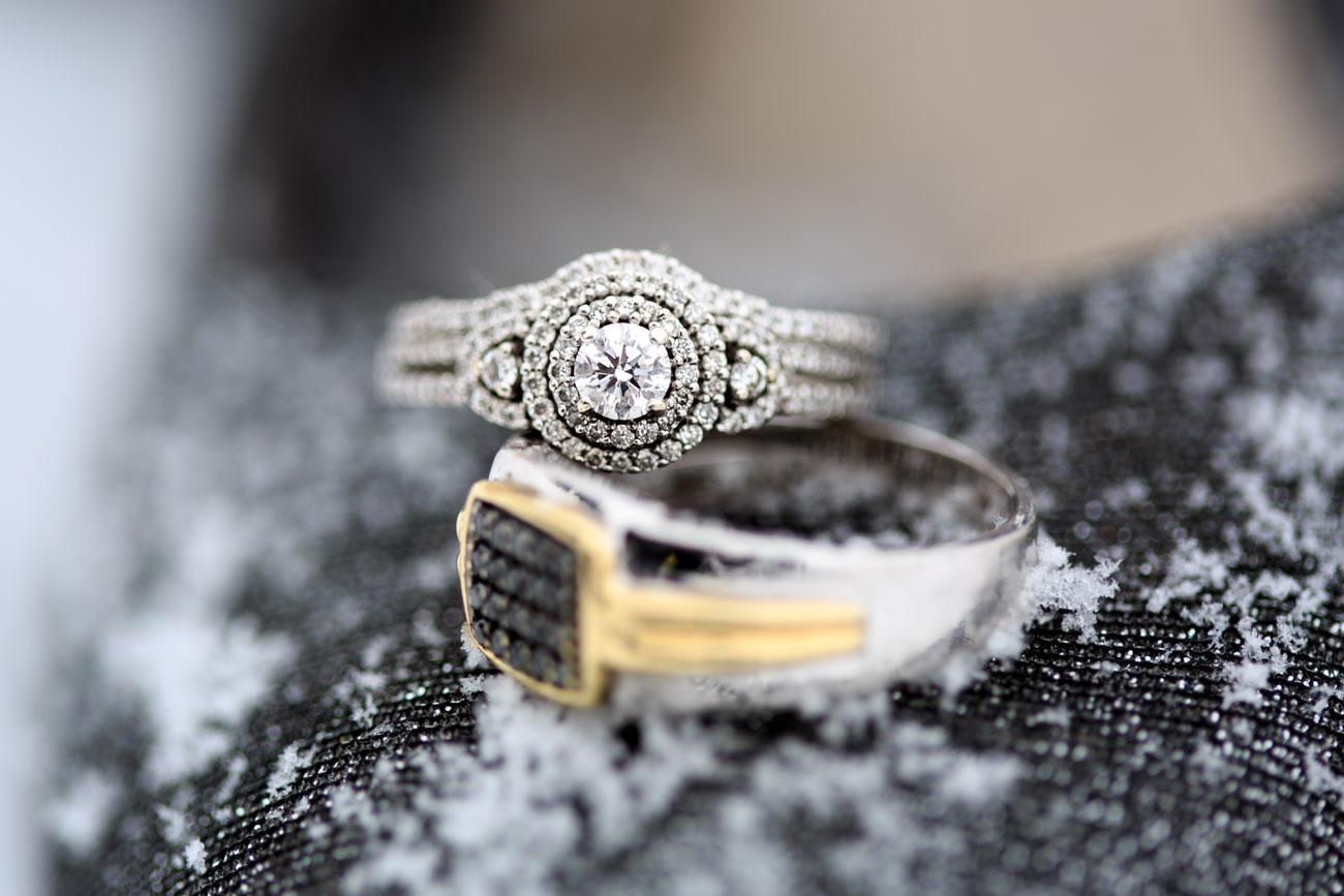 Courtney & Ryan - Christmas Wedding - Three Hills, Alberta - Wedding Photography (24)