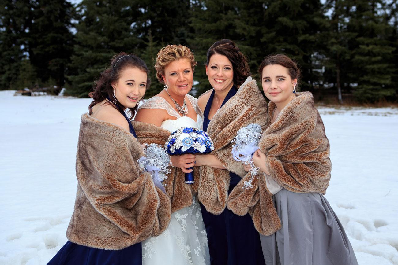 Courtney & Ryan - Christmas Wedding - Three Hills, Alberta - Wedding Photography (28)