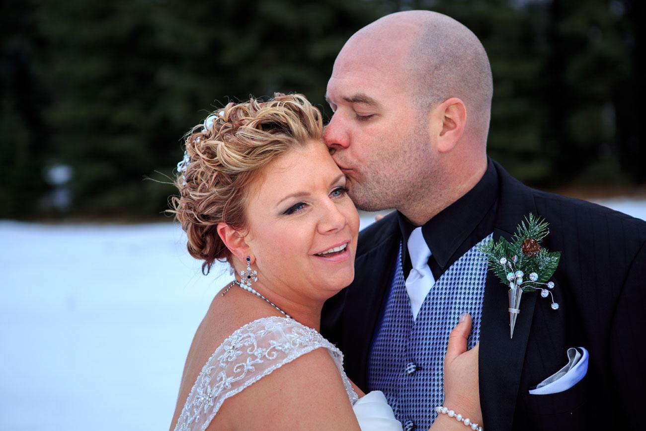 Courtney & Ryan - Christmas Wedding - Three Hills, Alberta - Wedding Photography (31)