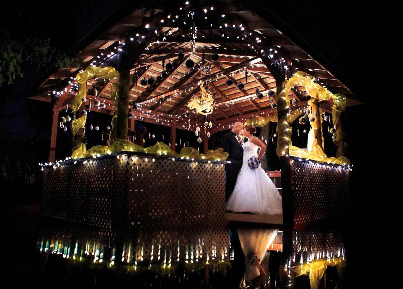 Courtney & Ryan - Christmas Wedding - Three Hills, Alberta - Wedding Photography (36)