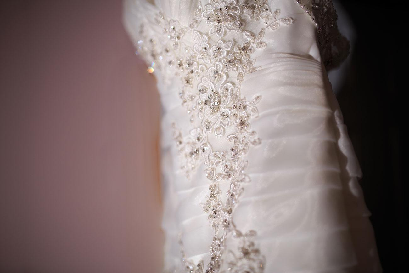 Courtney & Ryan - Christmas Wedding - Three Hills, Alberta - Wedding Photography (8)