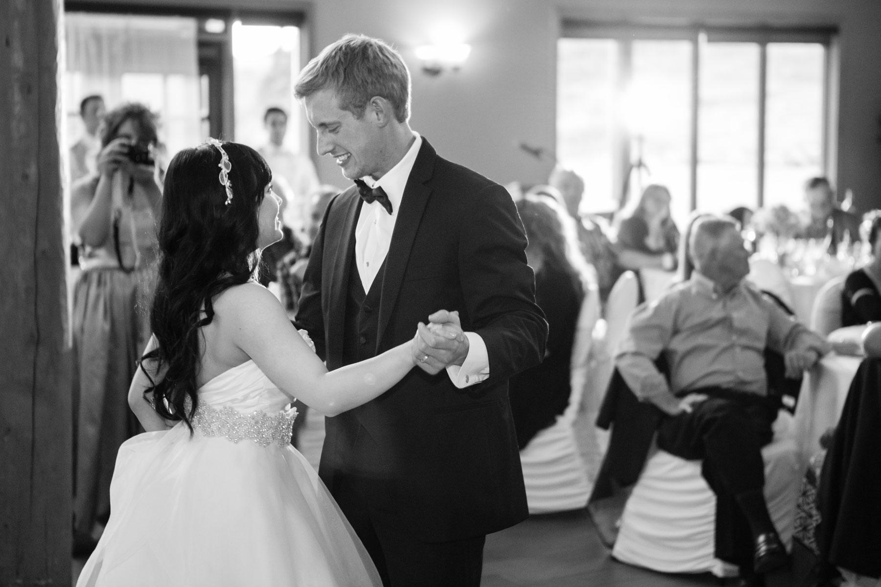 Tina-&-Jordan-Calgary-Wedding-Cochrane-Wedding-Cochrane-Ranchehouse-Olson-Studios-(39)