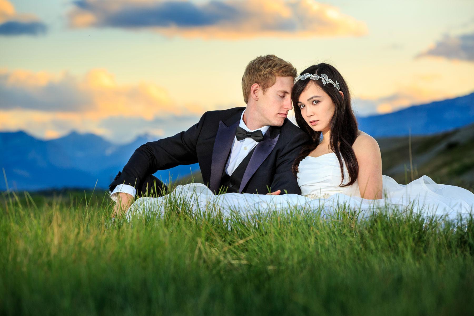 Cochrane Alberta Cochrane Ranchehouse Jordan and Tina Calgary Wedding Photographer Engagement Photography Rocky Mountains Bow Valley Ghost Lake  (10)