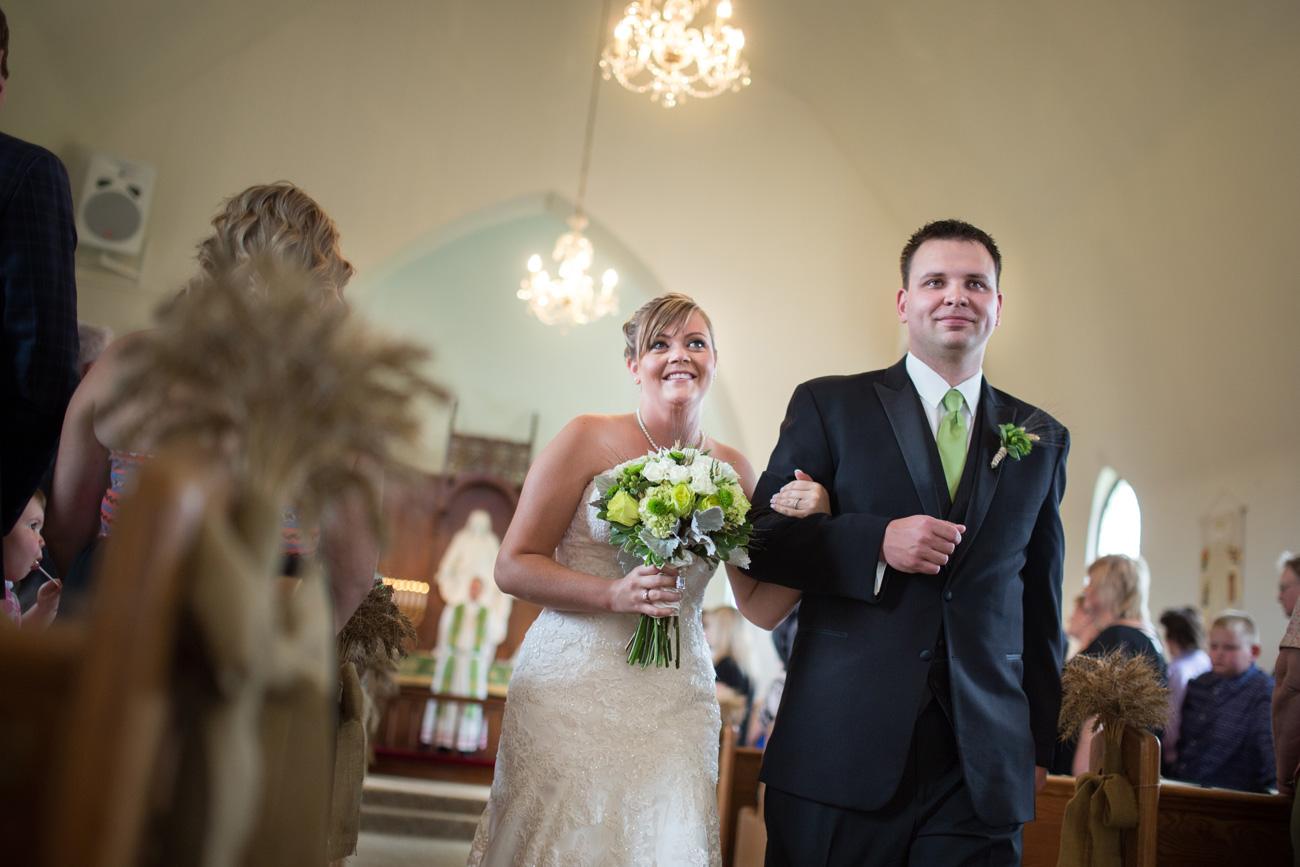 CJ & Jasen - Drumheller Wedding Photography - Calgary Wedding Photographer (31)