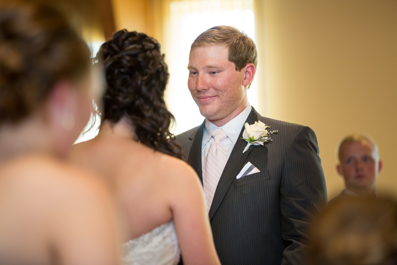 Jessica-and-Sheldon---Trochu-Wedding---Olds-Alberta-Wedding---Wedding-Photographers----Olson-Studios---Wedding-Photography---East-Olds-Baptist---Trochu-Arboretum---Trochu-Hall-(19)