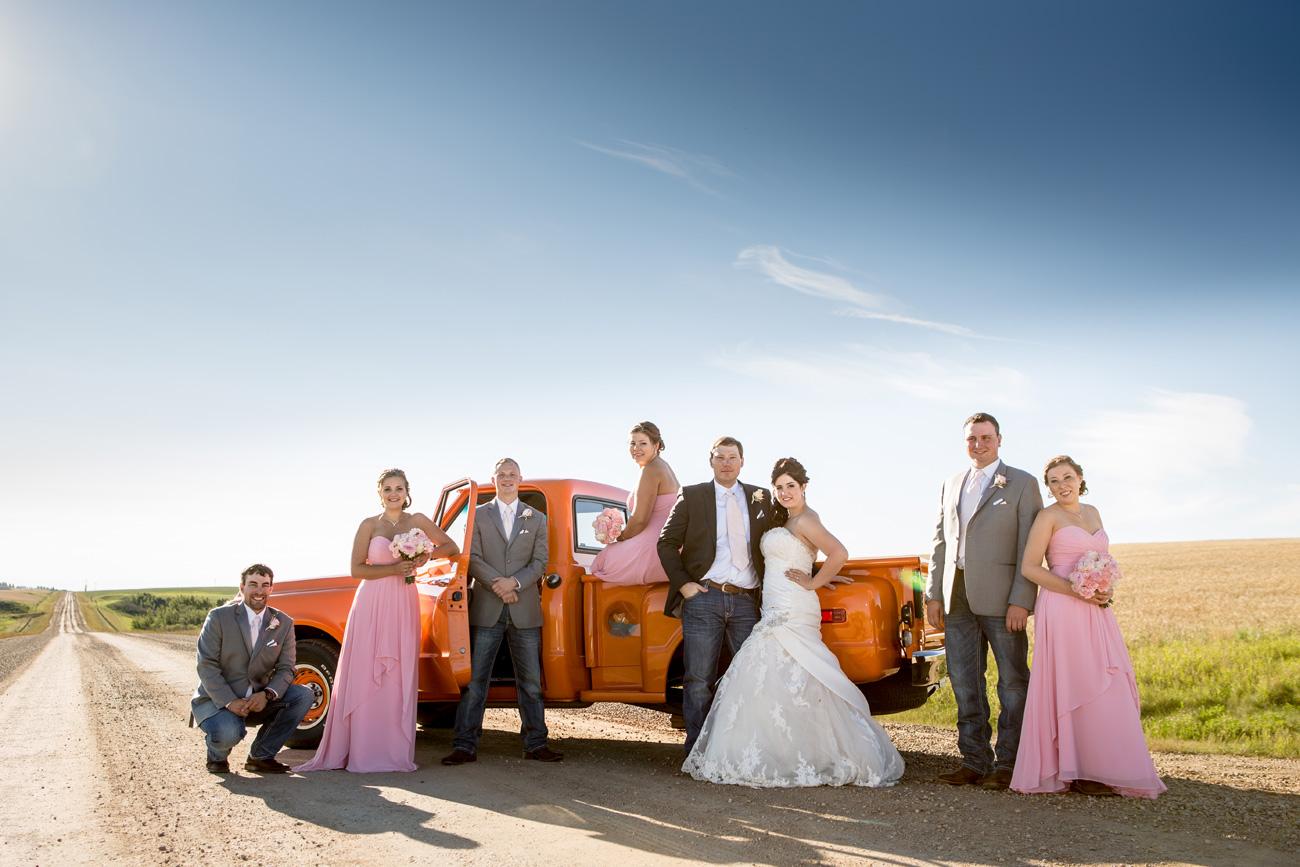 Jessica-and-Sheldon---Trochu-Wedding---Olds-Alberta-Wedding---Wedding-Photographers----Olson-Studios---Wedding-Photography---East-Olds-Baptist---Trochu-Arboretum---Trochu-Hall-(28)