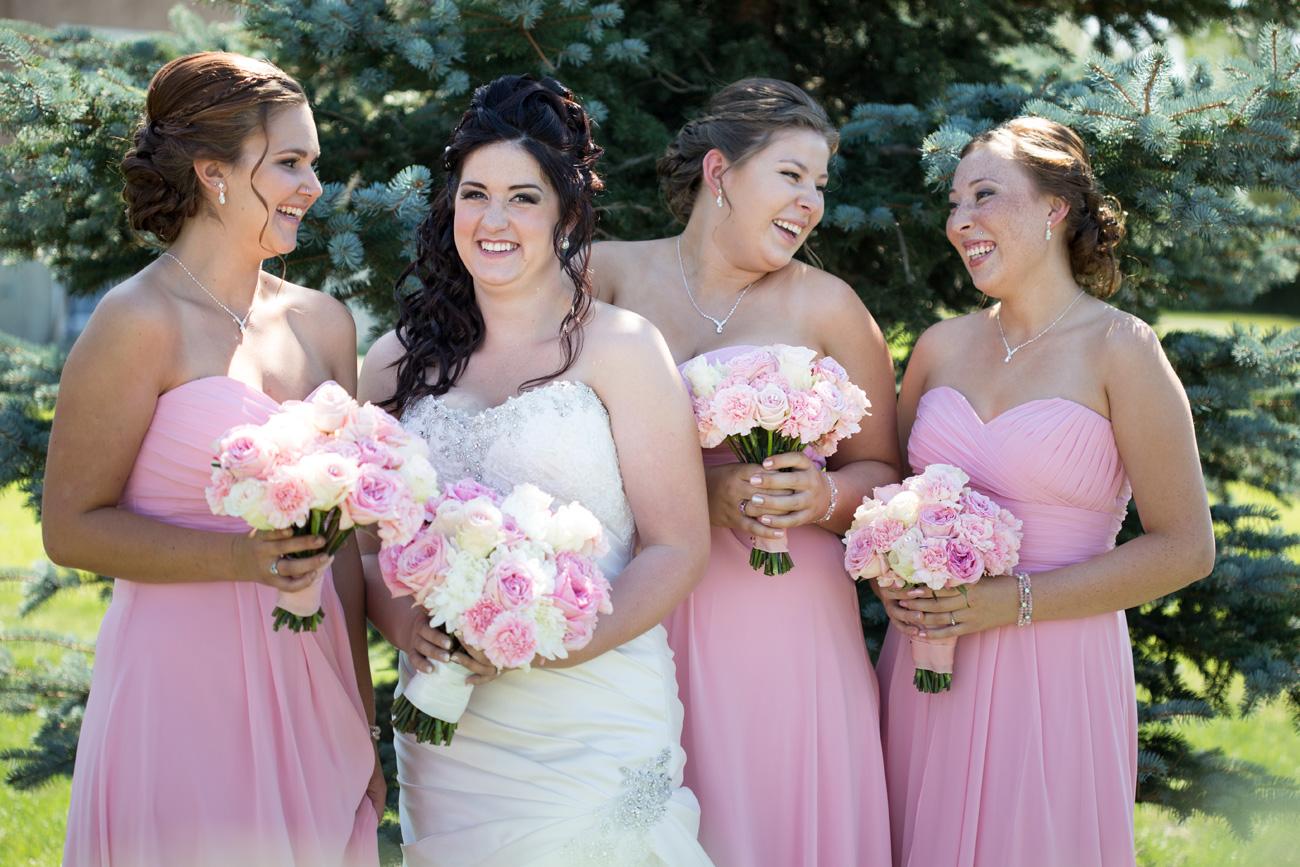 Jessica-and-Sheldon---Trochu-Wedding---Olds-Alberta-Wedding---Wedding-Photographers----Olson-Studios---Wedding-Photography---East-Olds-Baptist---Trochu-Arboretum---Trochu-Hall-(9)