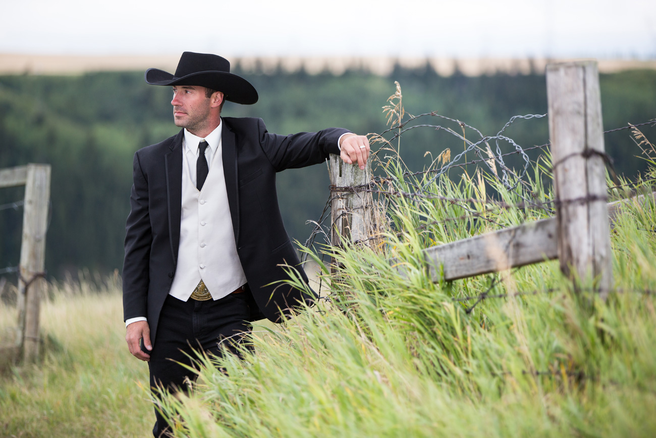 Nicole and Jimmy - Chestermere, Alberta - Wedding Photography - Calgary Wedding - Gunfighters - Olson Studios(30)