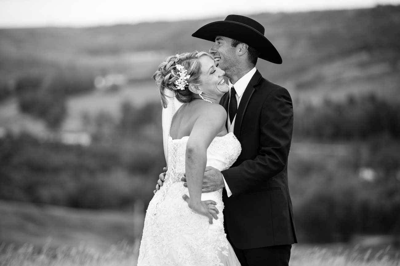 Nicole and Jimmy - Chestermere, Alberta - Wedding Photography - Calgary Wedding - Gunfighters - Olson Studios(31)