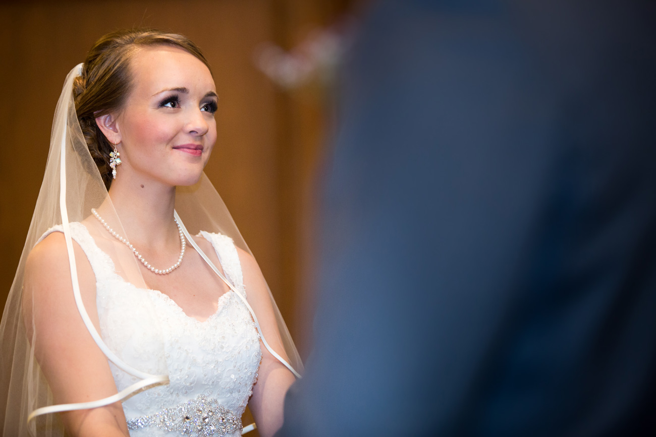 Victoria-and-Matthew---Olds-Alberta-Wedding---Willow-Lane-Barn---East-Olds-Baptist---Wedding---Wedding-Photography---Olson-Studios---Calgary-Wedding-Photographers---Palmeroy---Barn-Wedding---Chic-Barn-Wedding-(33)