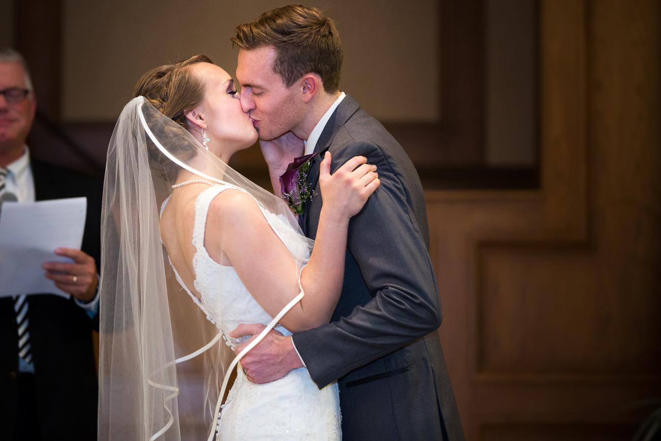 Victoria-and-Matthew---Olds-Alberta-Wedding---Willow-Lane-Barn---East-Olds-Baptist---Wedding---Wedding-Photography---Olson-Studios---Calgary-Wedding-Photographers---Palmeroy---Barn-Wedding---Chic-Barn-Wedding-(35)