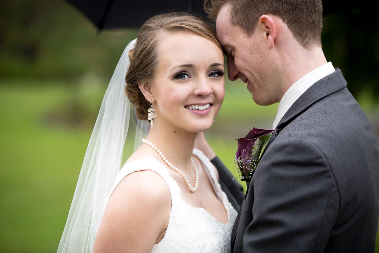Victoria-and-Matthew---Olds-Alberta-Wedding---Willow-Lane-Barn---East-Olds-Baptist---Wedding---Wedding-Photography---Olson-Studios---Calgary-Wedding-Photographers---Palmeroy---Barn-Wedding---Chic-Barn-Wedding-(39)