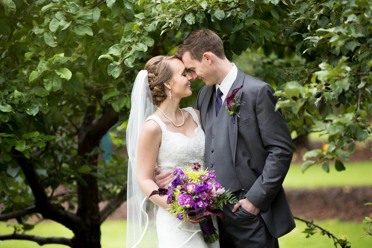 Victoria-and-Matthew---Olds-Alberta-Wedding---Willow-Lane-Barn---East-Olds-Baptist---Wedding---Wedding-Photography---Olson-Studios---Calgary-Wedding-Photographers---Palmeroy---Barn-Wedding---Chic-Barn-Wedding-(48)