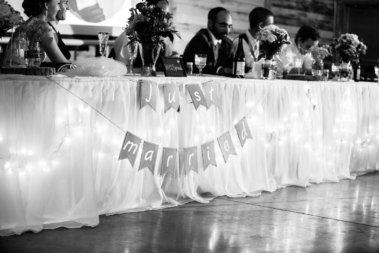 Victoria-and-Matthew---Olds-Alberta-Wedding---Willow-Lane-Barn---East-Olds-Baptist---Wedding---Wedding-Photography---Olson-Studios---Calgary-Wedding-Photographers---Palmeroy---Barn-Wedding---Chic-Barn-Wedding-(55)
