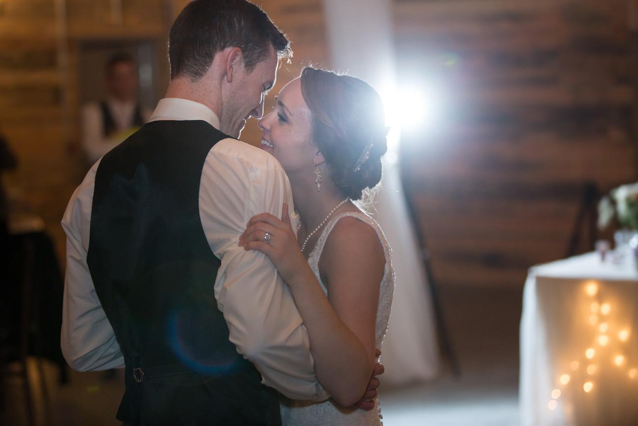 Victoria-and-Matthew---Olds-Alberta-Wedding---Willow-Lane-Barn---East-Olds-Baptist---Wedding---Wedding-Photography---Olson-Studios---Calgary-Wedding-Photographers---Palmeroy---Barn-Wedding---Chic-Barn-Wedding-(63)