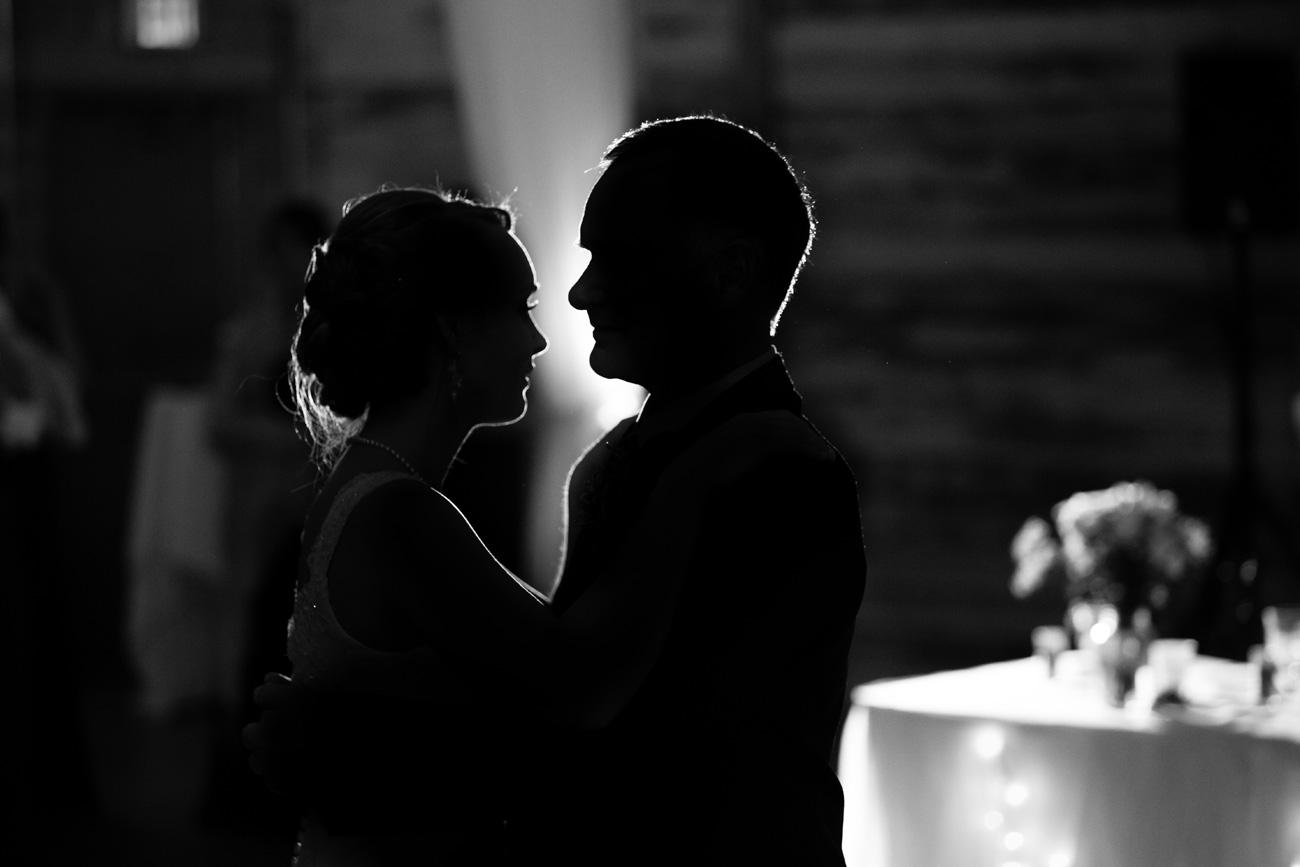 Victoria-and-Matthew---Olds-Alberta-Wedding---Willow-Lane-Barn---East-Olds-Baptist---Wedding---Wedding-Photography---Olson-Studios---Calgary-Wedding-Photographers---Palmeroy---Barn-Wedding---Chic-Barn-Wedding-(65)