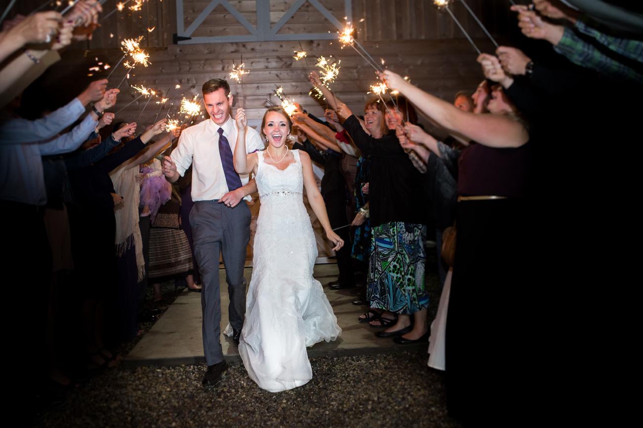 Victoria-and-Matthew---Olds-Alberta-Wedding---Willow-Lane-Barn---East-Olds-Baptist---Wedding---Wedding-Photography---Olson-Studios---Calgary-Wedding-Photographers---Palmeroy---Barn-Wedding---Chic-Barn-Wedding-(69)